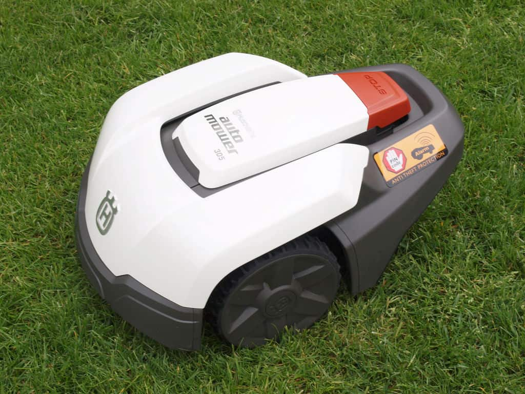 what are robot lawn mowers robotic cordless lawn mower reviews. Black Bedroom Furniture Sets. Home Design Ideas