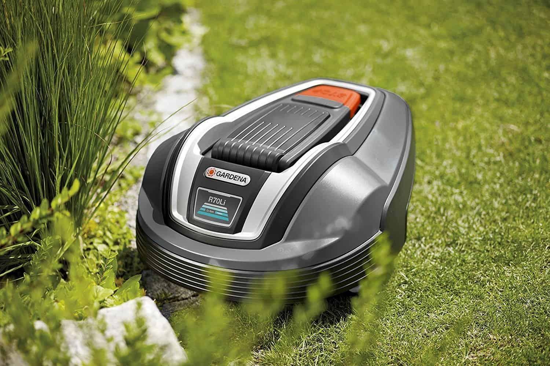 gardena r70li review robotic cordless lawn mower reviews. Black Bedroom Furniture Sets. Home Design Ideas