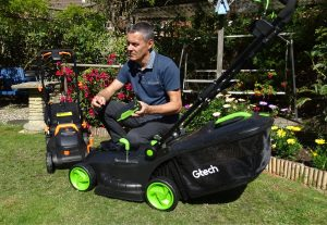 The Gtech Cordless Lawnmower 2.0 Compare