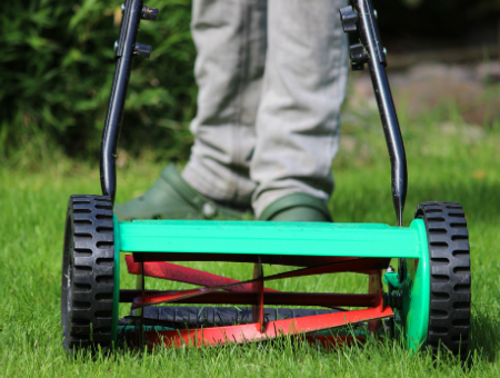 What Are The Benefits Manual Lawn Mowers
