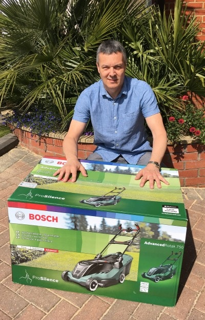 Bosch UniversalRotak 550 Review