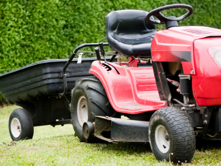 What Features Should You Look out for on a Ride-on Mower