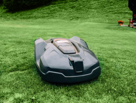 Best Robotic Lawn Mowers For Large Gardens