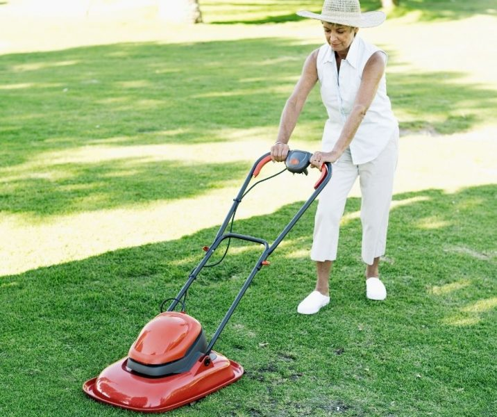 Lawn Mowers for Elderly Gardeners